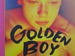 Golden boy, di Abigail Tarttelin. Mondadori 2014. Art director: Giacomo Callo, graphic designer: Susanna Tosatti; alla cop. ©Luka Knezevic; alla q. di cop. @Daniel Hambury. Copertina (part.), 4