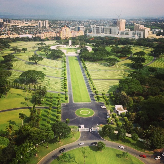 Birds have it good. I want to be one in my next life. #birdseyeview #BGC #workaholicdiaries
