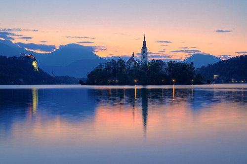mountain lake alps sunrise reflections dawn unesco slovenia bled bluehour