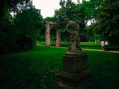 Statue at Parc Monceau