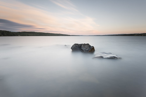 longexposure sunset summer lake seascape nature water landscape evening nikon rocks sundown sweden outdoor stones smooth july le late juli fx grad vr sommar d800 värmland 2014 1635 ndfilter blackglass 1635mm lakescape gnd sunne fryken leefilters lenr bigstopper davidolsson 06hard 1635vr kolsnäs kolsnäsudde