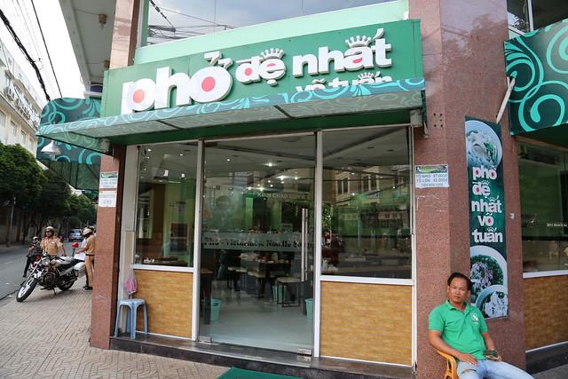 Phở Đệ Nhất (Võ Tuấn) is a pho chain
