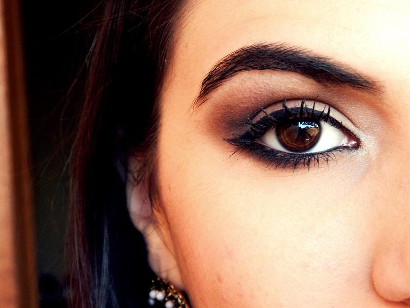 maquiagem para destacar os olhos