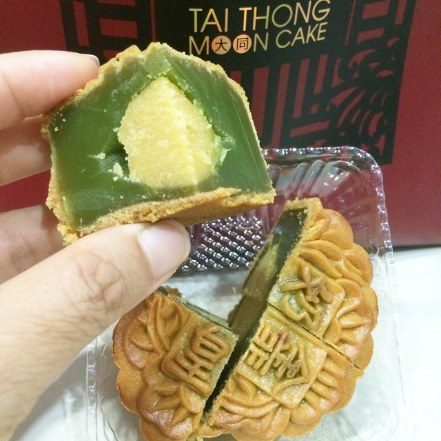 tai thong new mooncake flavours 2014-001