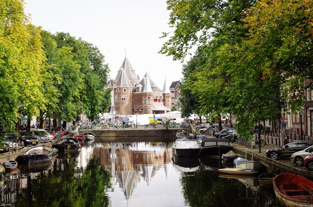 Amsterdam, Nieuwmarkt