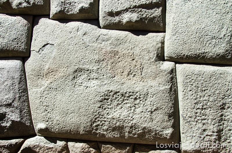 piedra de los doce ángulos de Cuzco