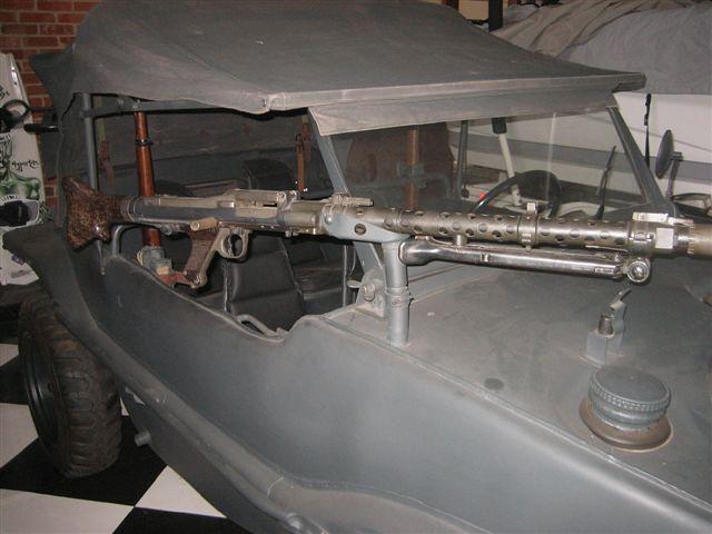 Kdf-166, Schwimmwagen