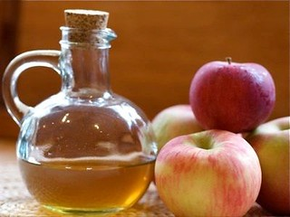 How Apple Cider Vinegar Works As A Miracle Medicine For Many Ailments