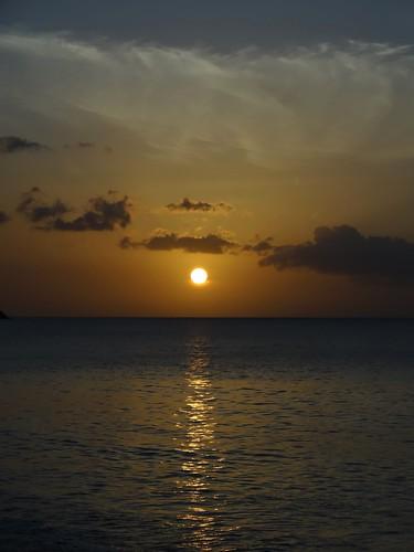 sunset sea mer nature landscape sony paysage plage coucherdesoleil guadeloupe caraïbes deshaies dsc05316 merdescaraïbes