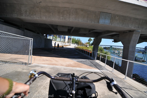 New Eastbank path under Tilikum Bridge -5