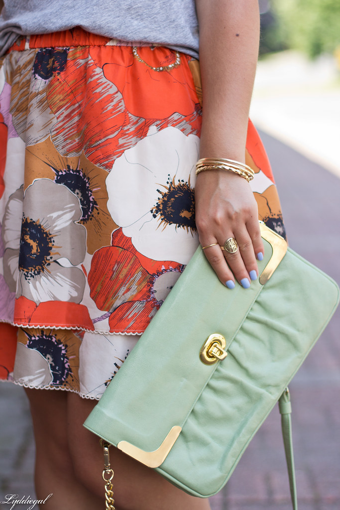grey tee, floral skirt, mint bag-10.jpg