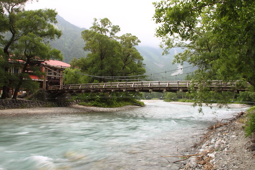 陰天的河童橋