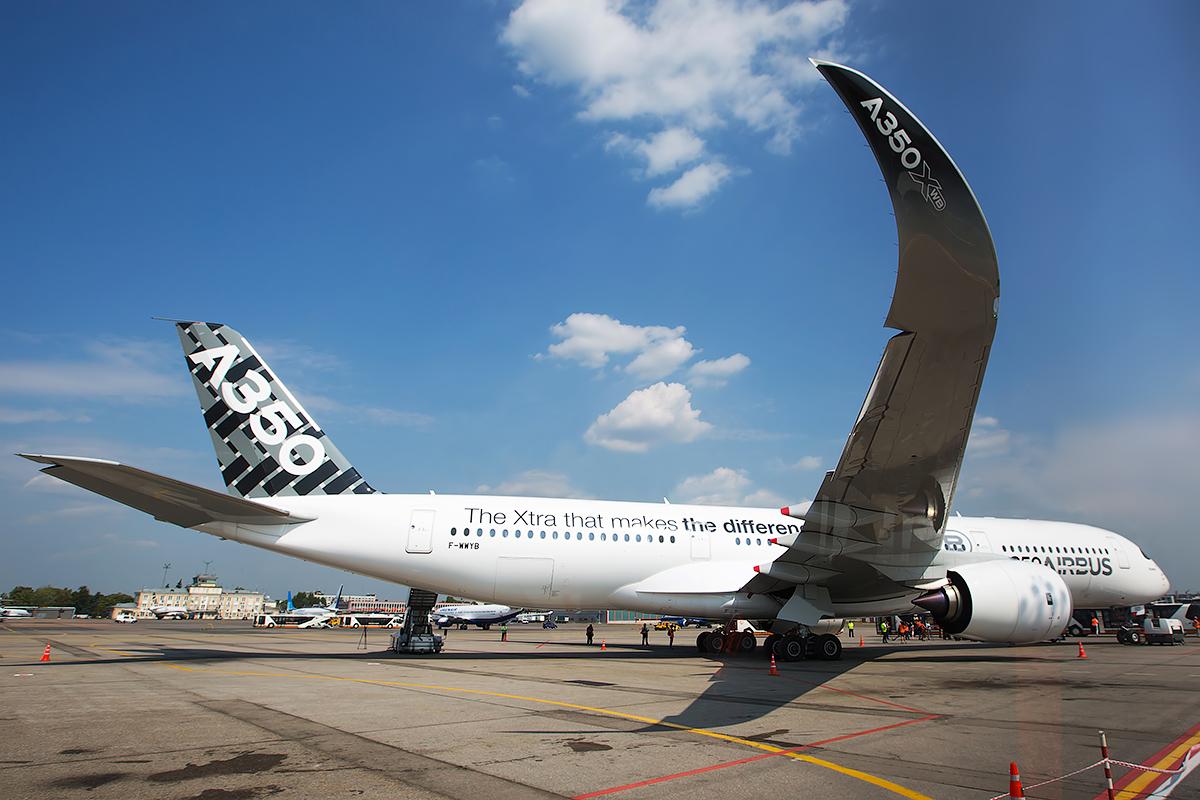 2014.08.12_SVO_A350-407