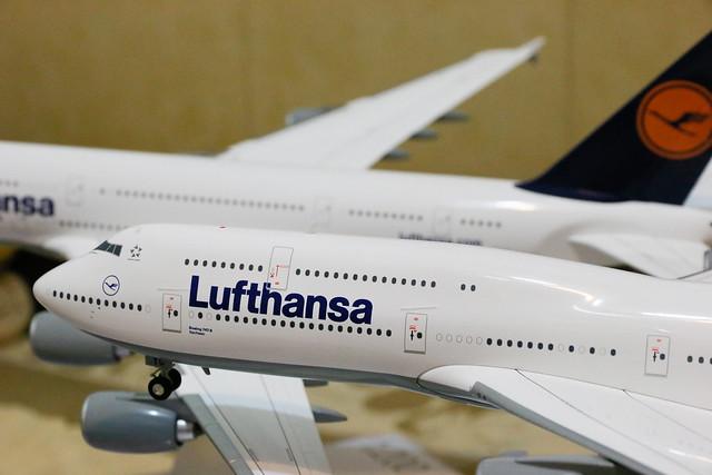 Lufthansa 747-8i + A380
