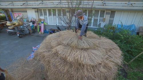 環保局免費協助稻草捆紮回收