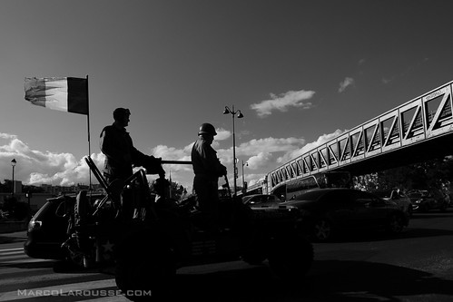 Victory anniversary celebrations Paris 2014 - Fuji X-Pro 1