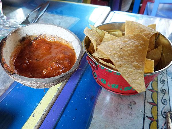 totopos et salsa
