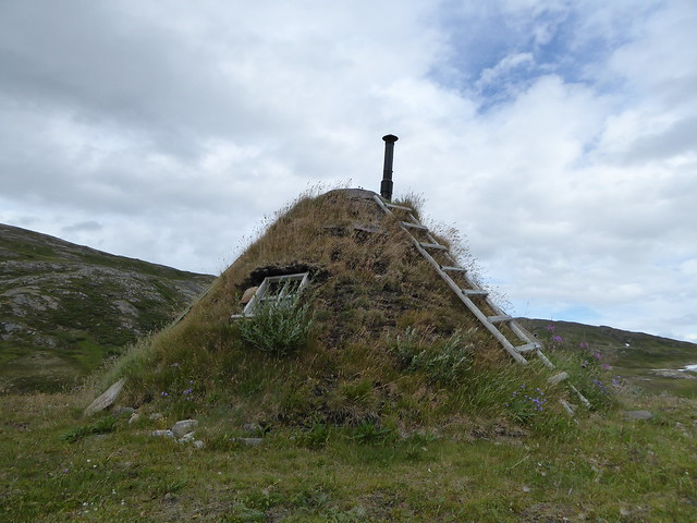 Grass shelter in Norway