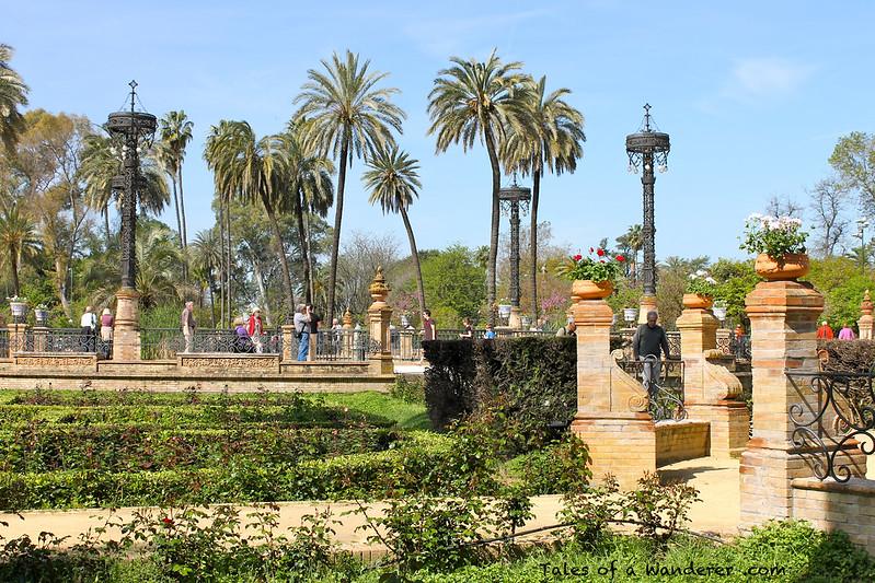 SEVILLA - Parque de María Luisa - Plaza de América