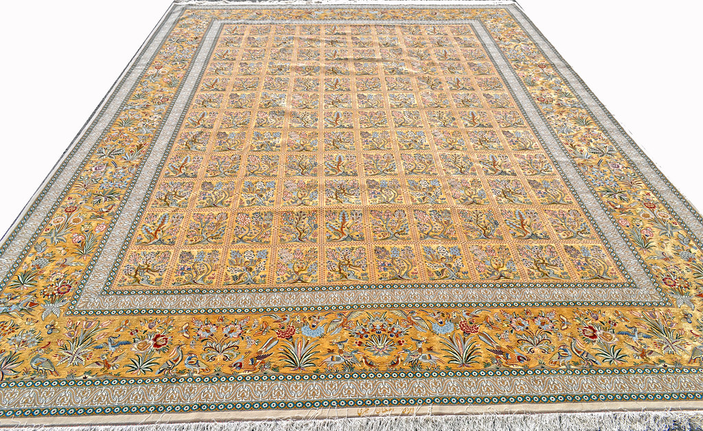 Extremely Fine Isfahan 10x13 75% Silk