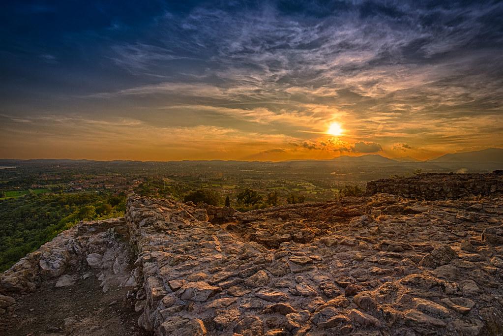 Sonnenuntergang vom Rocca di Manerba