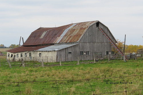 ontario canada canon barns oldbarns northernontario blackrivermatheson canonpowershotsx50hs monteithroad ontariosecondaryhighway577 highway577