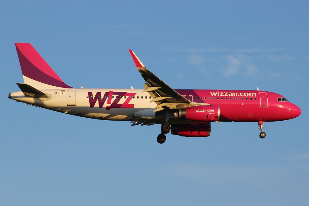 HA-LYL - A320 - Wizz Air