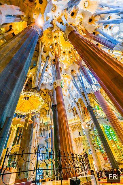 Sagrada Familia 04 - Convergeance