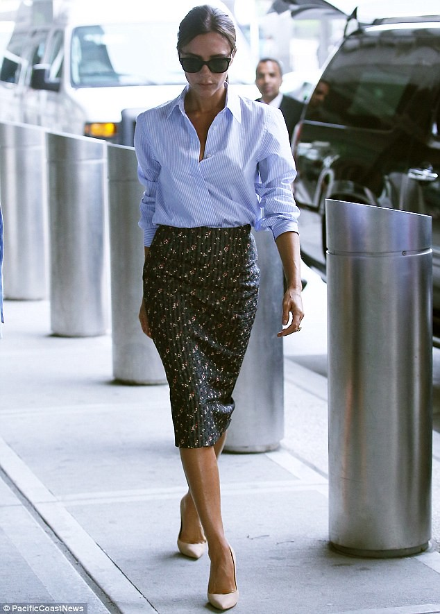 Victoria-Beckham-rosebud-pattern-pencil-skirt, pinstripe blue shirt, Pinstriped shirt, pencil skirt with a shirt, pre Spring-Summer 2015 collection line, pencil skirt, shirt, striped shirt, Victoria Beckham pre Spring-Summer 2015 collection line, rosebud pattern pencil skirt