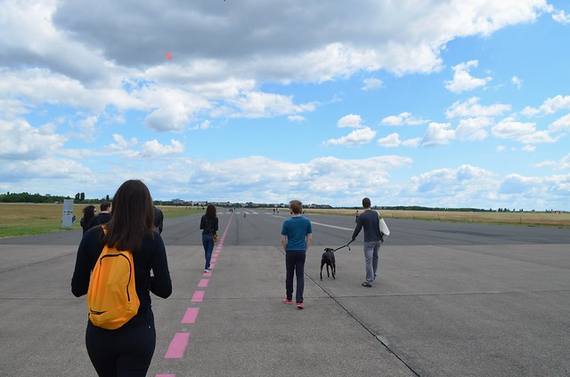 European Instagram meetup #EverchangingBerlin_Tempelhofer Feld runway with friends