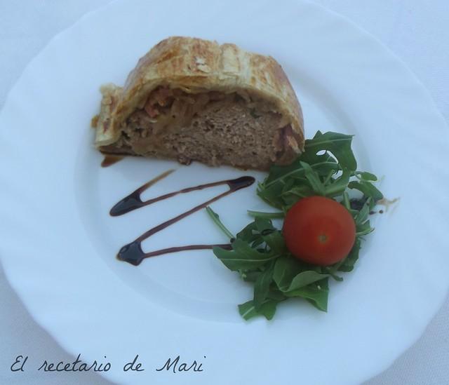 pastel de carne en hojaldre