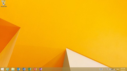 Desktop screen ของ Microsoft Surface 2