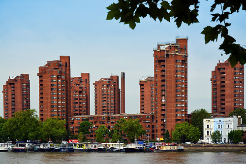 World's End Estate / across Thames