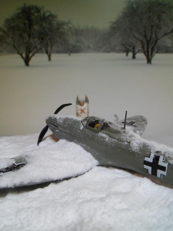 La Dame de la neige [Heinkel 112 B Heller 1/72] 14493465309_969e3dd896_b