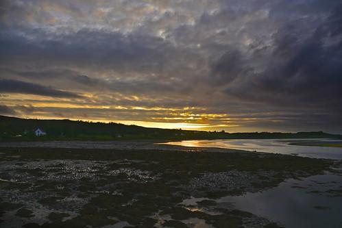 sunset skye beach clouds river landscape scotland nikon tramonto nuvole day isleofskye cloudy unitedkingdom loch scozia skeabost d7100 isoladiskye nikon18300 skeabostcountryhouse nikond7100
