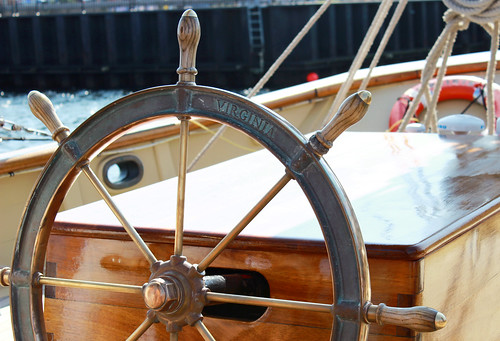 boat, nautical, captain's wheel, boat wheel, steering wheel, ship wheel, ship's wheel, sailing, sail boat, sailboat, ocean, shoreline, sea