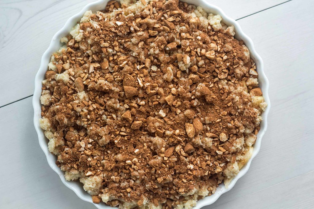 Recipe for super easy Cinnamon Crumble Apple Pie(1)