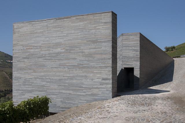 Vilarinho dos Freires, Peso da Régua, Adega Quinta do Vallado. Guedes + De Campos