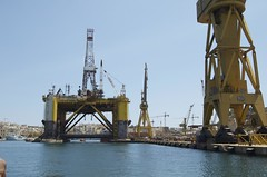 port, vehicle, jackup rig, dredging, industry, offshore drilling, oil field, oil rig,