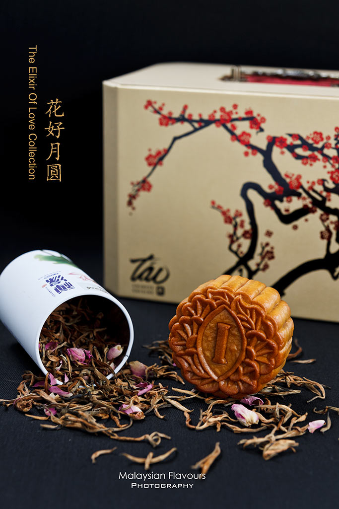 tao-chinese-cuisine-mooncakes-2014-intercontinental-kuala-lumpur