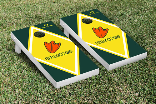 Oregon Ducks Cornhole Game Set Diamond Version