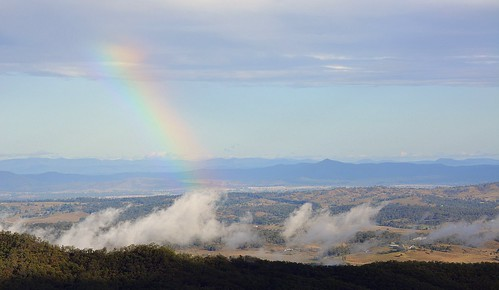 landscape morninglandscape albertvalley biddadabba tamborinemountain rainbow sunny sequeensland queensland australia clouds shadow mounttamborine
