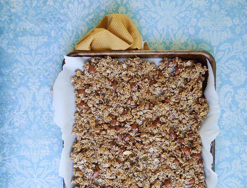 SMBP // Chai Coconut Almond Granola