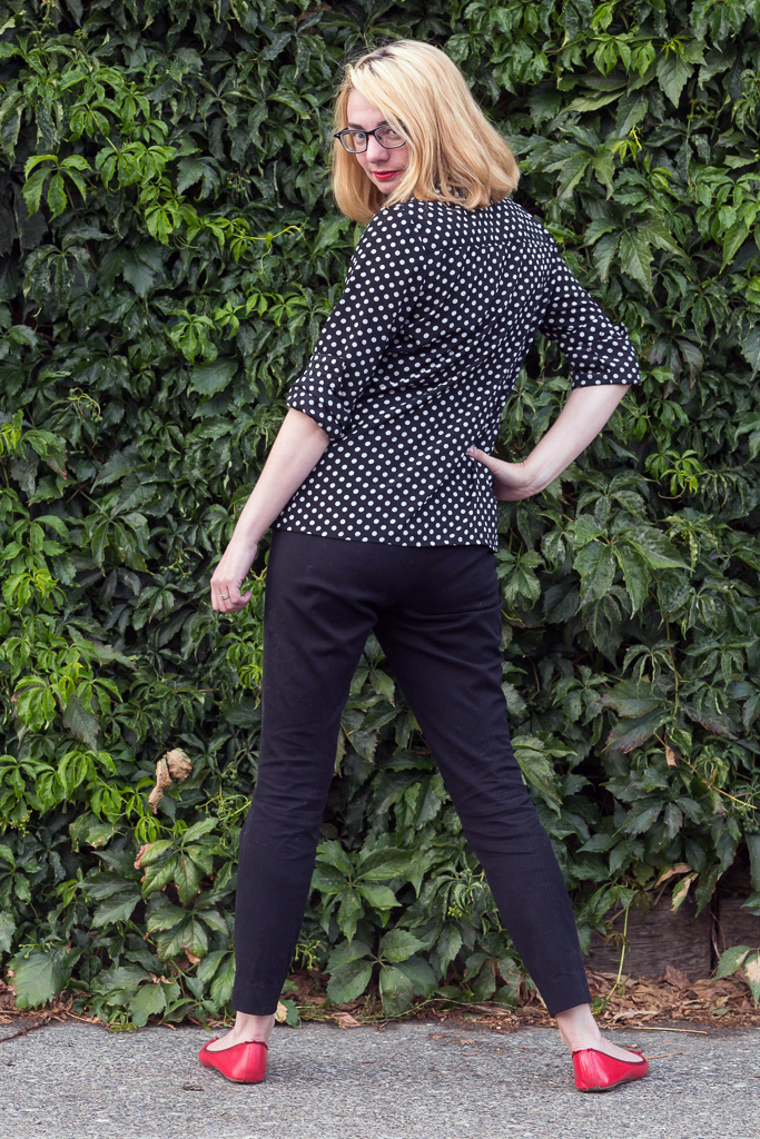 polka dot shirt, popbasic, black pants, red shoes, never fully dressed, withoutastyle,