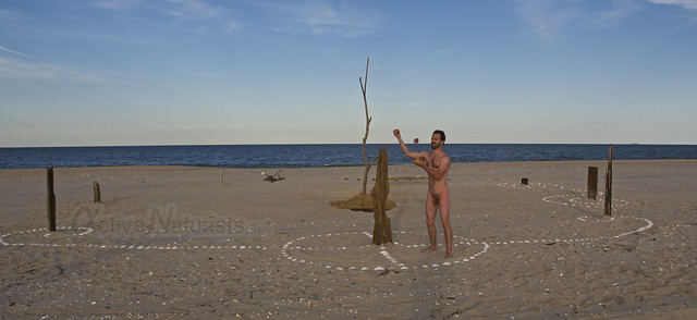 naturist juggler 0023 Sandy Hook, NJ, USA