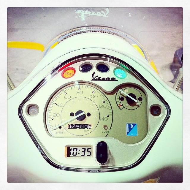 Piaggio Vespa LX125 3V納車から明後日で1年。2500km突破!