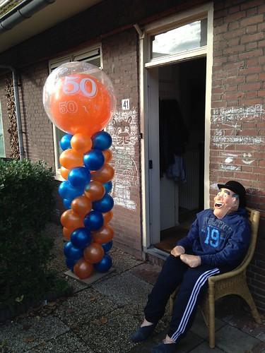 Ballonpilaar Breed Rond Oranje Blauw 50 Jaar Abraham