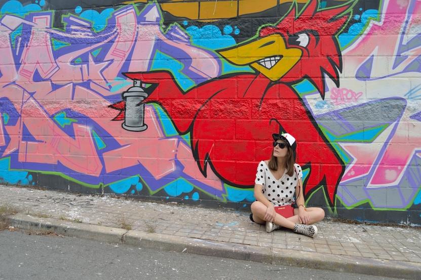 lara-vazquez-madlula-blog-pop-of-red-streetstyle