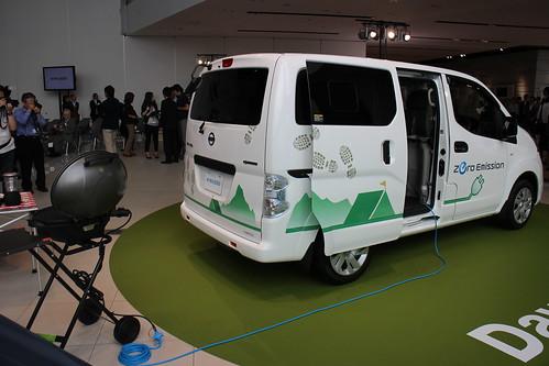 『e-NV200』を例えばキャンプで使ったら