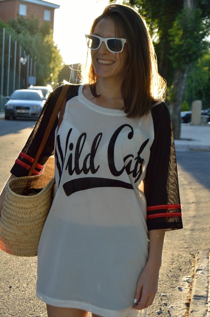 lara-vazquez-madlula-blog-style-streetstyle-sporty-wild-cats